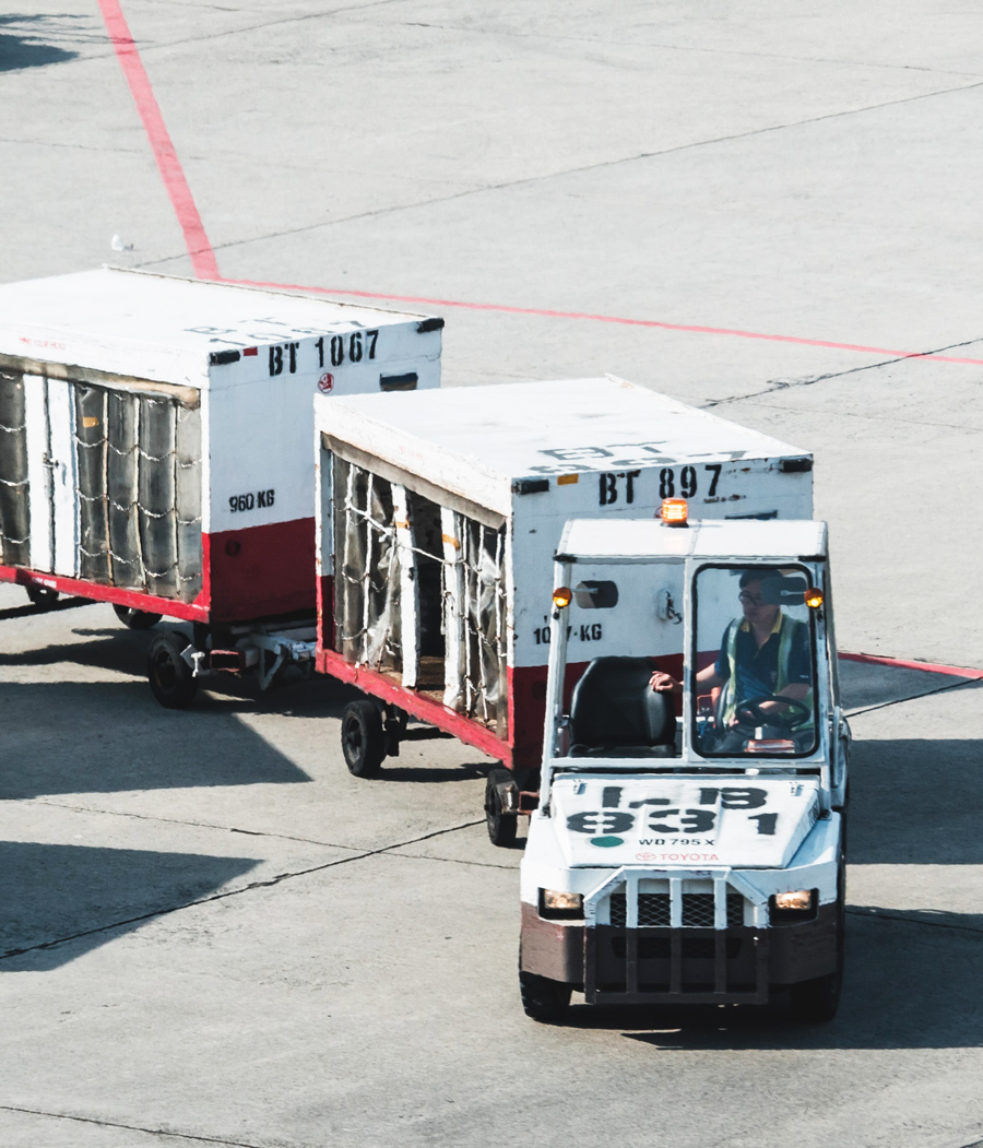 airport baggage truck